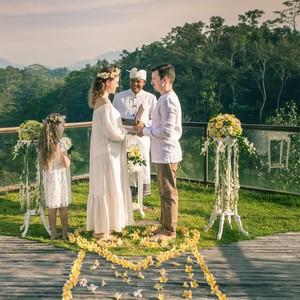 Abis Lebaran Mau Nikah? Contek Dekorasi Pernikahan Paling Favorit di Bali