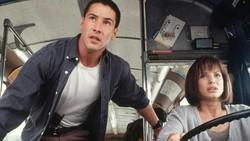 Sandra Bullock-Keanu Reeves Memendam Perasaan, Apa Sih Efek Saling Suka?