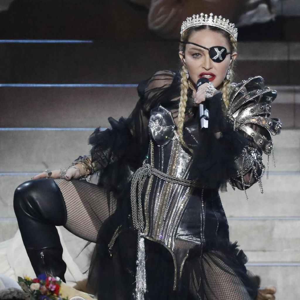 Dikritik karena Tak Bela Palestina, Madonna Tetap Nyanyi di Israel