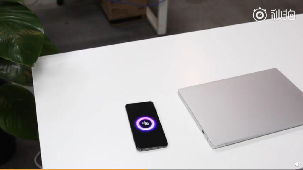 Meja dengan Wireless Charging 20W, Perpaduan Xiaomi dan Ikea
