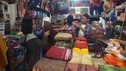 Pasar Cakranegara, Pusatnya Oleh-oleh Murah dan Lengkap di Lombok