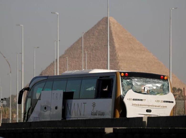 Tentara Mesir Tewaskan 12 Terduga Militan Usai Ledakan Bom di Bus Wisata