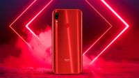 Redmi Note 7s dalam balutan warna Ruby Red.