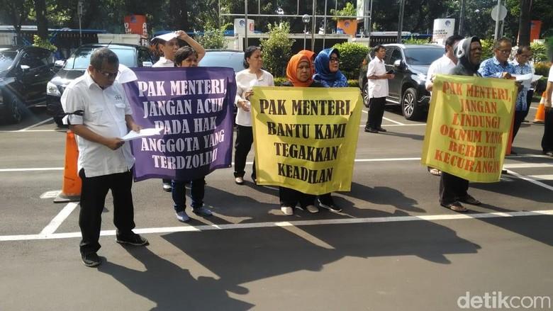 Kominfo Ingin Masalah Dana Koperasi Rp 11 M Diselesaikan Lewat Hukum