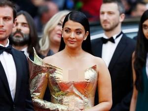 Aishwarya Rai Eksis di Cannes 2019, Gayanya Disebut Mirip Ikan Mas
