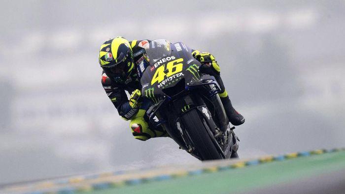 Valentino Rossi mengakui Marc Marquez semakin tangguh, sulit disaingi di musim ini. (Foto: Mirco Lazzari gp / Getty Images)