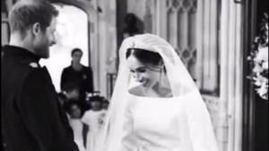 Pangeran Harry dan Meghan Markle Ungkap Foto Candid di Hari Pernikahan Mereka