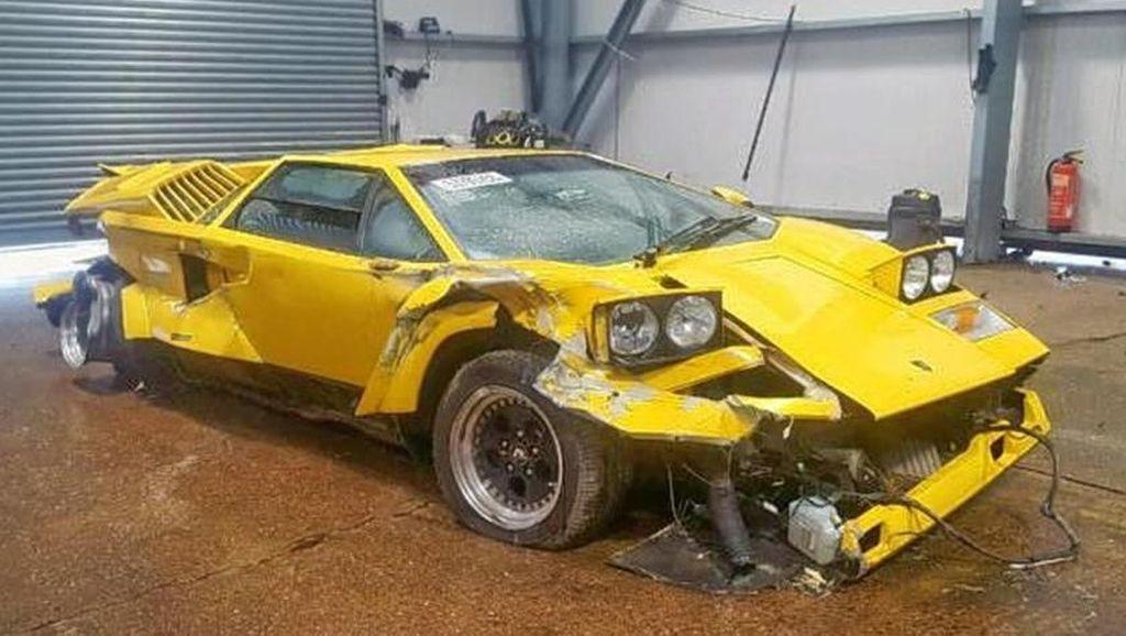 Siapa Mau? Lamborghini Langka yang Remuk Ini Dilelang Rp 5 M!