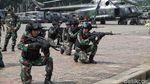 TNI Pamer Teknik Fast Roping untuk Pengamanan 22 Mei