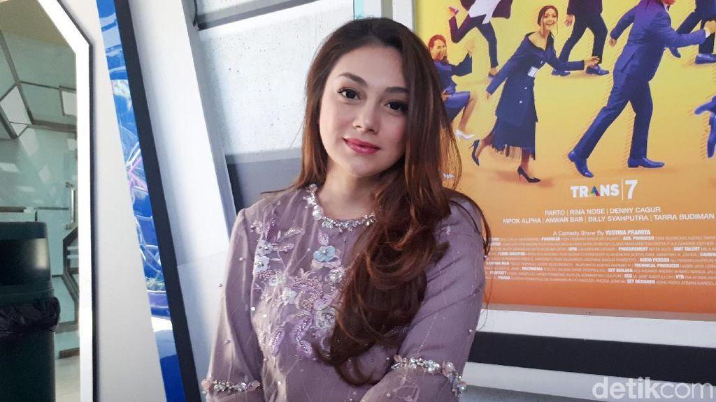 Posting Ceramah Quraish Shihab, Celine Evangelista: Adem Dengarnya