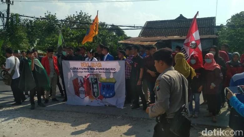 Mahasiswa Gabungan di Bojonegoro Tolak Aksi People Power 22 Mei