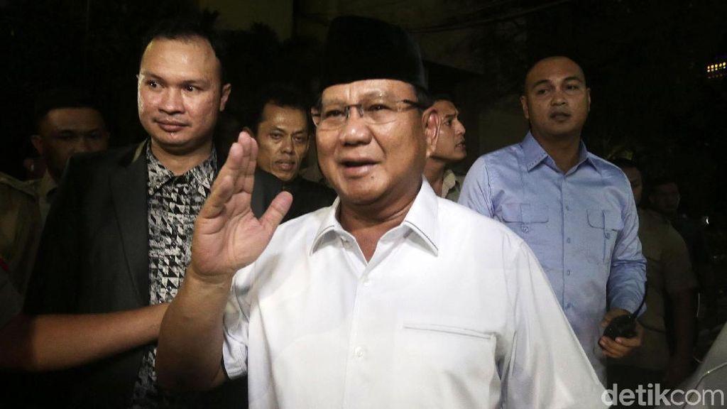 Tinggalkan Kertanegara, Prabowo Takziah ke Rumah Almarhum Arifin Ilham