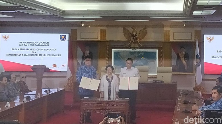 Disaksikan Megawati, Kemendagri-BPIP Kerja Sama Bumikan Pancasila
