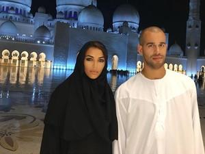 Pesona Sandra Shehab, Model Muslim Cantik Keturunan Mesir yang Mendunia