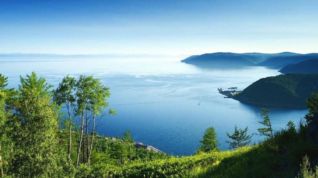 Foto: Inilah Danau Terdalam di Dunia