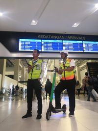 Begini Cara Menggunakan GrabWheels Di Bandara Soetta