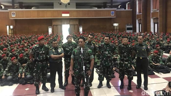 KSAD Jenderal TNI Andika Perkasa saat di Mako Kopassus (Foto: Rolan/detikcom)