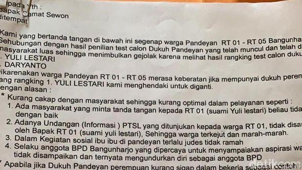 Surat penolakan warga terhadap kepala dusun perempuan di Bantul.