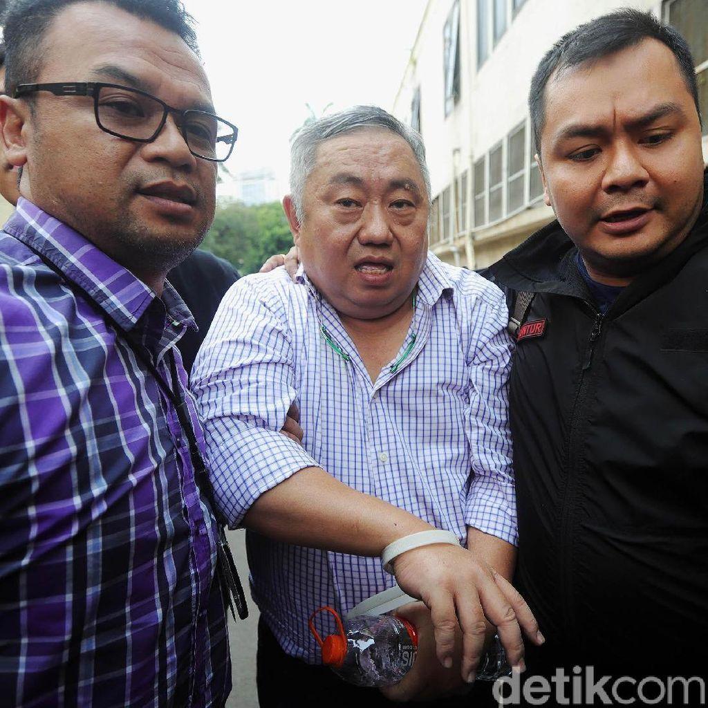 Protes-protes Lieus Sungkharisma Ditangkap Polisi