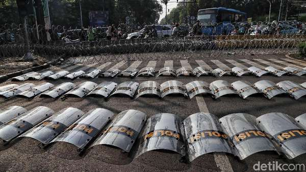 Ikut Aksi 22 Mei, Ini Strategi Warga Mojokerto Lolos dari Pencekalan Polisi