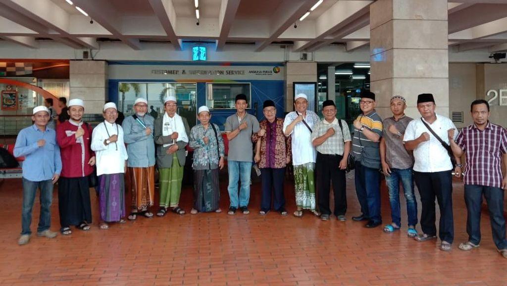 Ulama di Jatim Berangkat Ikut Aksi 22 Mei, Pakai Kaus untuk Kelabui Polisi