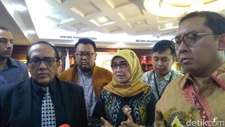 Bertemu Fadli Zon, Istri Harap Eggi Sudjana Diberi Penangguhan Penahanan