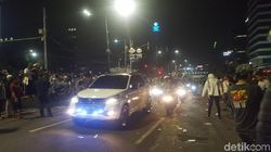 Pendemo Bubar, Lalin MH Thamrin Kembali Dibuka