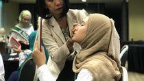 Serunya Grand Finalis Sunsilk Hijab Hunt Belajar Make Up dan Fashion