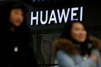 Riset: Staf Huawei Terkait Intelijen China