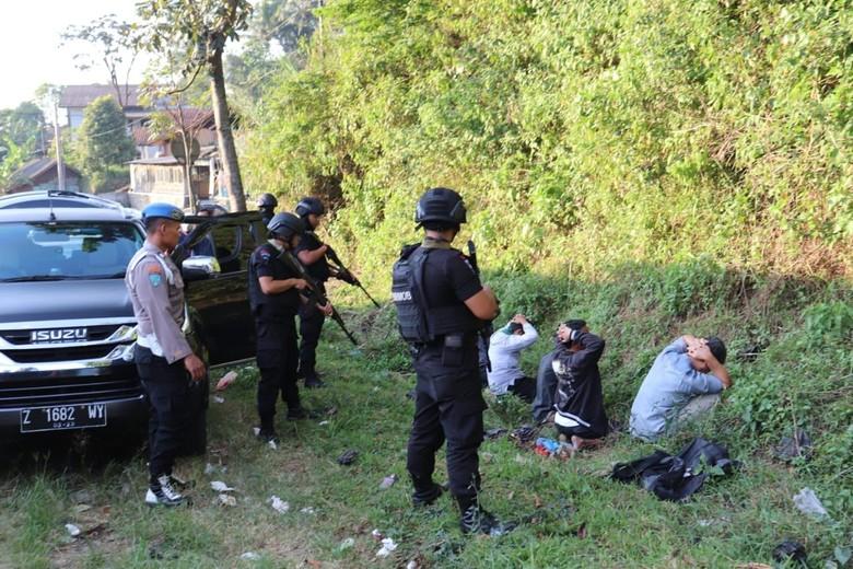 Polisi Jelaskan Soal Kelompok Terduga Teroris di Garut