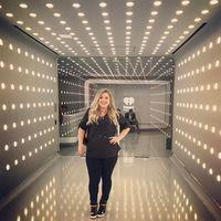 Turun 16 Kg, Kelly Clarkson Bantah Rumor Soal Konsumsi Pil Pelangsing