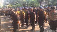 Polisi Gelar Apel Pengamanan di KPU Usai Pengumuman Hasil Pilpres