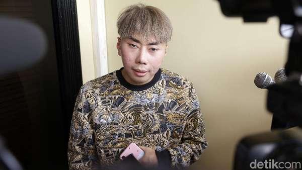 Ditipu Asisten, Roy Kiyoshi Tak Cium Aroma Kebohongan?