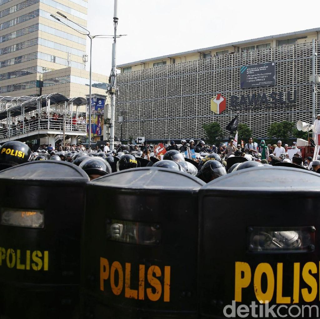 Polisi Tangkap 20 Lebih Provokator, Diamankan di Polres Jakpus