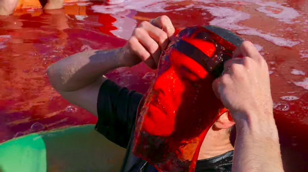 Mantan Teknisi NASA Ini Sukses Bikin Kolam Renang Jelly
