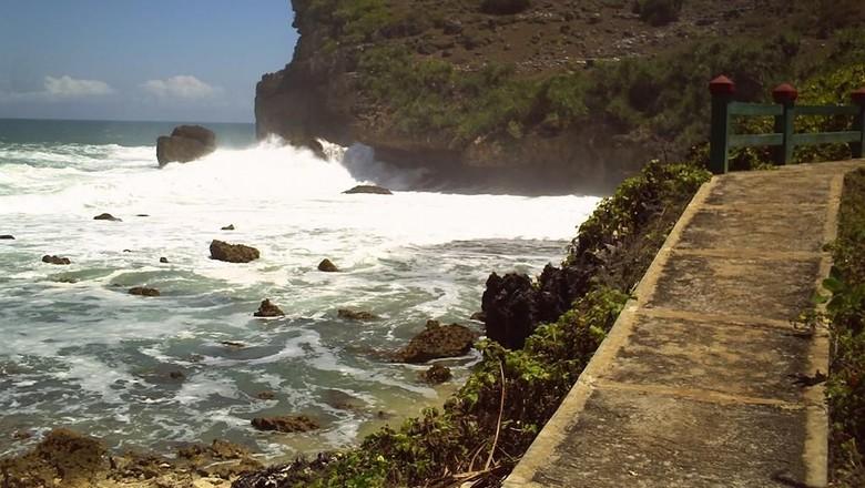 Pantai Sembukan di Wonogiri  (Humas Pemkab Wonogiri)