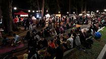 Bukan Bukber, Warga Malaysia Lebih Suka Sahur Bersama di Pinggir Pantai