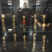 Setidaknya Cristiano Ronaldo memiliki 12 penghargaan individu, dari pemain terbaik dunia sampai pencetak gol terbanyak di Liga Champions (Instagram/museucr7funchal)