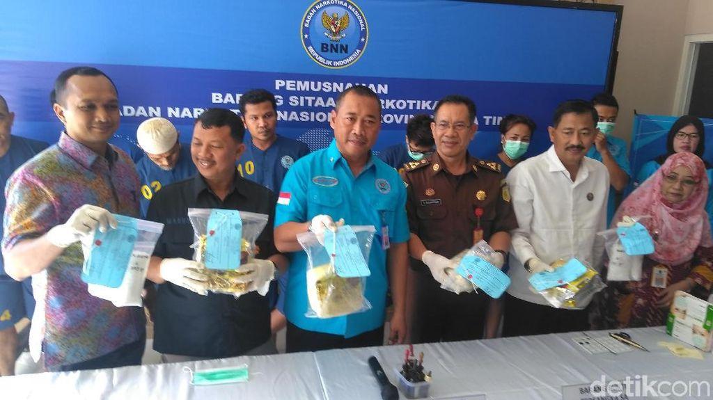 BNNP Jatim Musnahkan 5,2 Kg Sabu