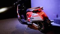 Skuter listrik Ducati ini di Inggris harganya 2.299 poundsterling atau Rp 42,2 juta. Foto: Istimewa