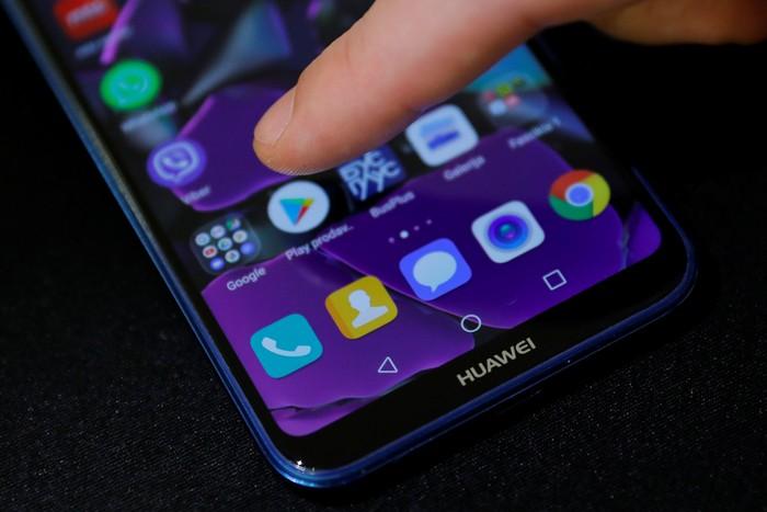 Ponsel Huawei. Foto: Reuters