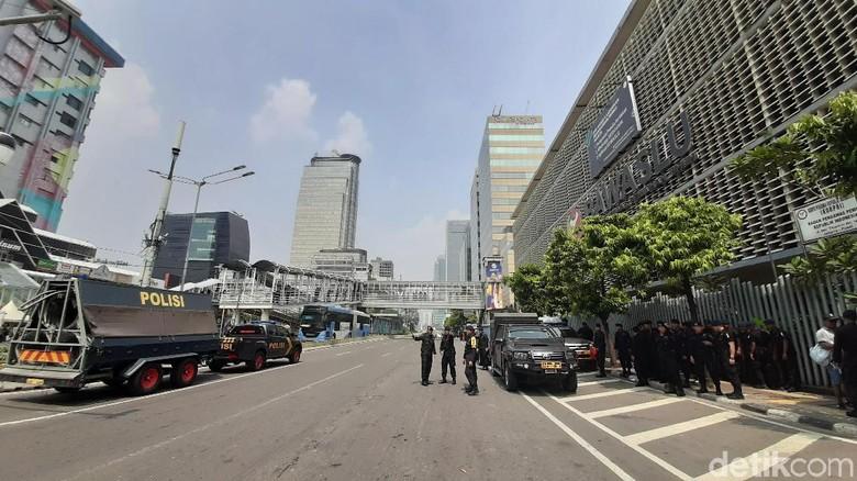 Jalan di Depan Bawaslu Ditutup Pasca-penetapan Hasil Rekapitulasi Pemilu