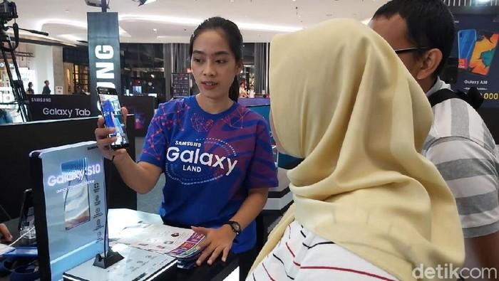 Samsung Galaxy Land, Samsung