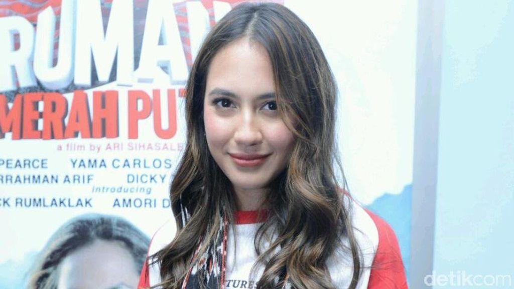Pevita Pearce Kenang Pengalaman Syuting di NTT
