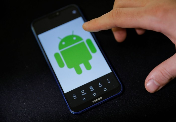 Ponsel Android. Foto: Reuters