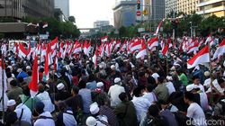 Polisi Minta Massa yang Demo di Bawaslu Bubar Pukul 18.00 WIB