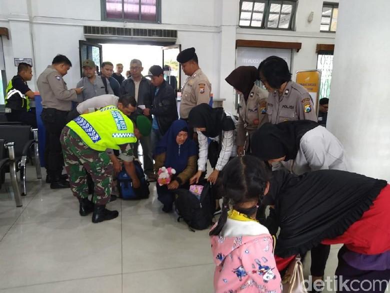 Penumpang KA di Malang Dirazia Antisipasi Aksi 22 Mei