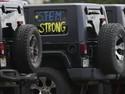 Ratusan Jeep Kenang Siswa Sekolah Korban Penembakan Colorado
