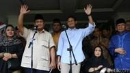 Dengar Laporan Ahli, Prabowo-Sandiaga Diskusi Gugatan Pilpres di MK