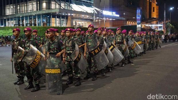 Silpi Masih Rusuh, Personel TNI Merapat ke Lokasi